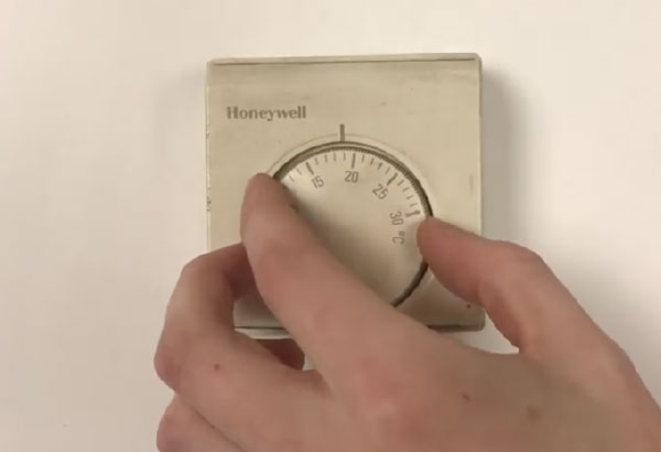 Checking a thermostat